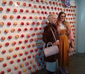 Apple Wall Angela Barnett